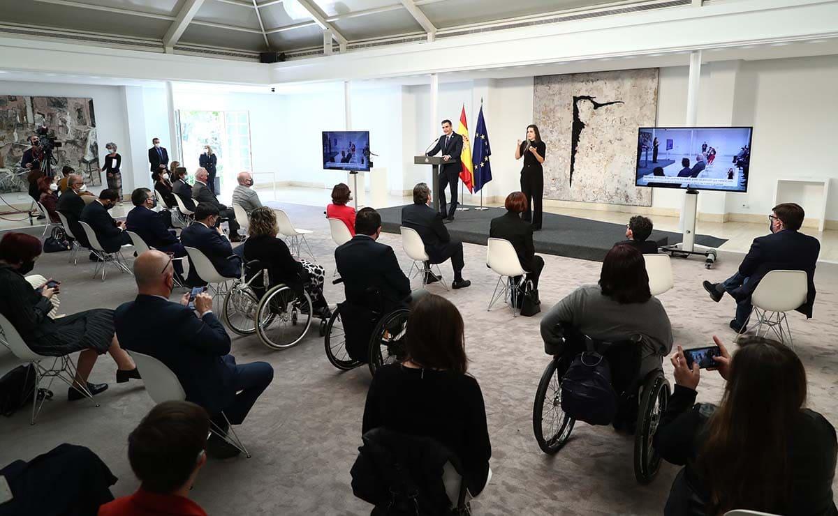 Pedro Sánchez acto CERMi discapacidad