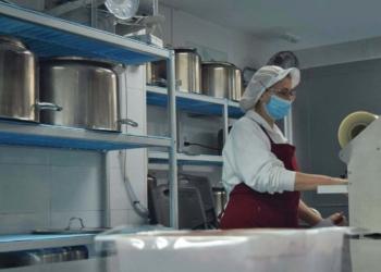 persona con discapacidad cocinando FEpamic