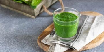 Smoothie verde con espirulina