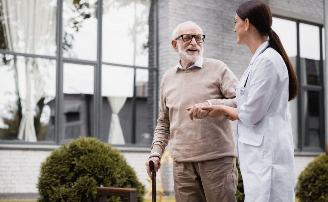geriatrico dependencia persona mayor anciana