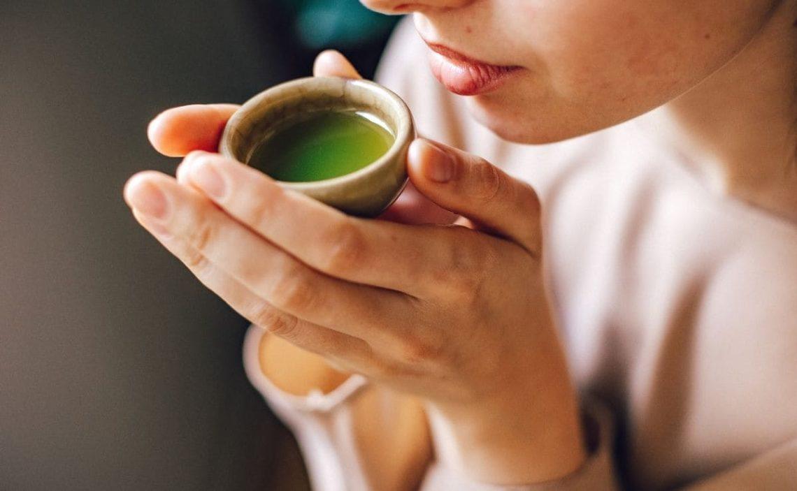 té verde hígado graso