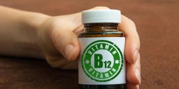 vitamina B12 resaca