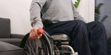 Pilates y ejercicios fisicos en silla de ruedas
