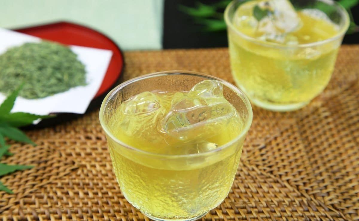 té verde helado