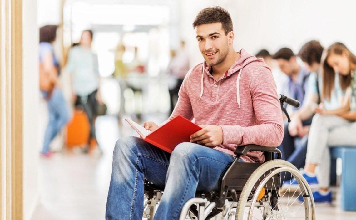 becas ayudas estudiantes con discapacidad Fundacion ONCE Oportunidad al talento