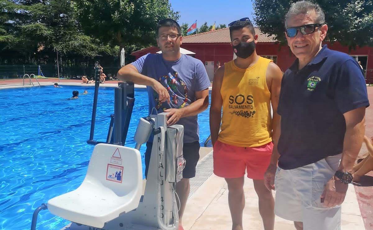 elevador piscina Colmenarejo discapacidad accesibilidad