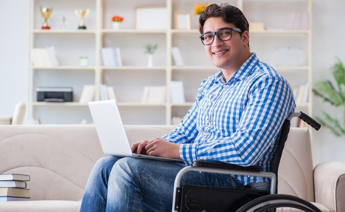 estudiante discapacidad ayudas al estudio Reina Letizia para la inclusión