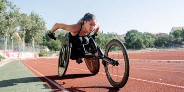 Carmen Giménez atleta con discapacidad entrenando