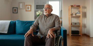 persona con discapacidad en silla de ruedas Comunidad de Madrid
