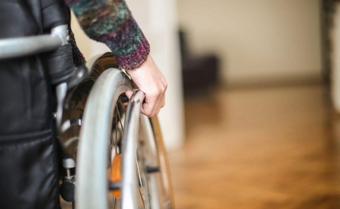 silla de ruedas accesibilidad personas con discapacidad