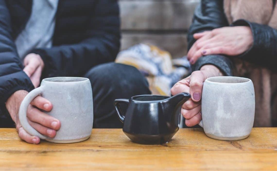 Cuántas tazas de té son equivalentes al café?