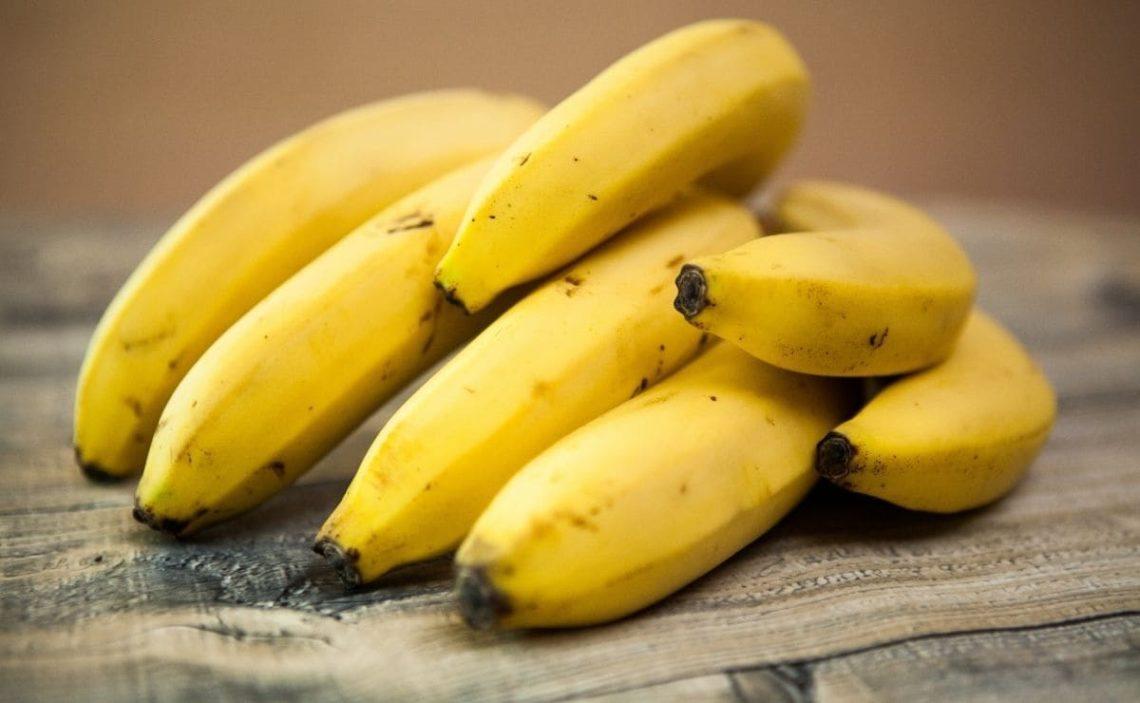 platano banana fruta comer en ayunas