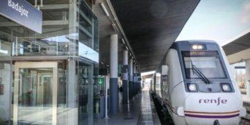 accesibilidad estacion de trenes Badajoz RENFE ADIF