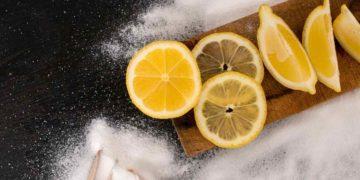 ¿Por qué el limón mezclado con este ingrediente mejora nuestro organismo?