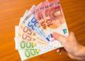 Estas son las transferencias de dinero que Hacienda obliga a declarar