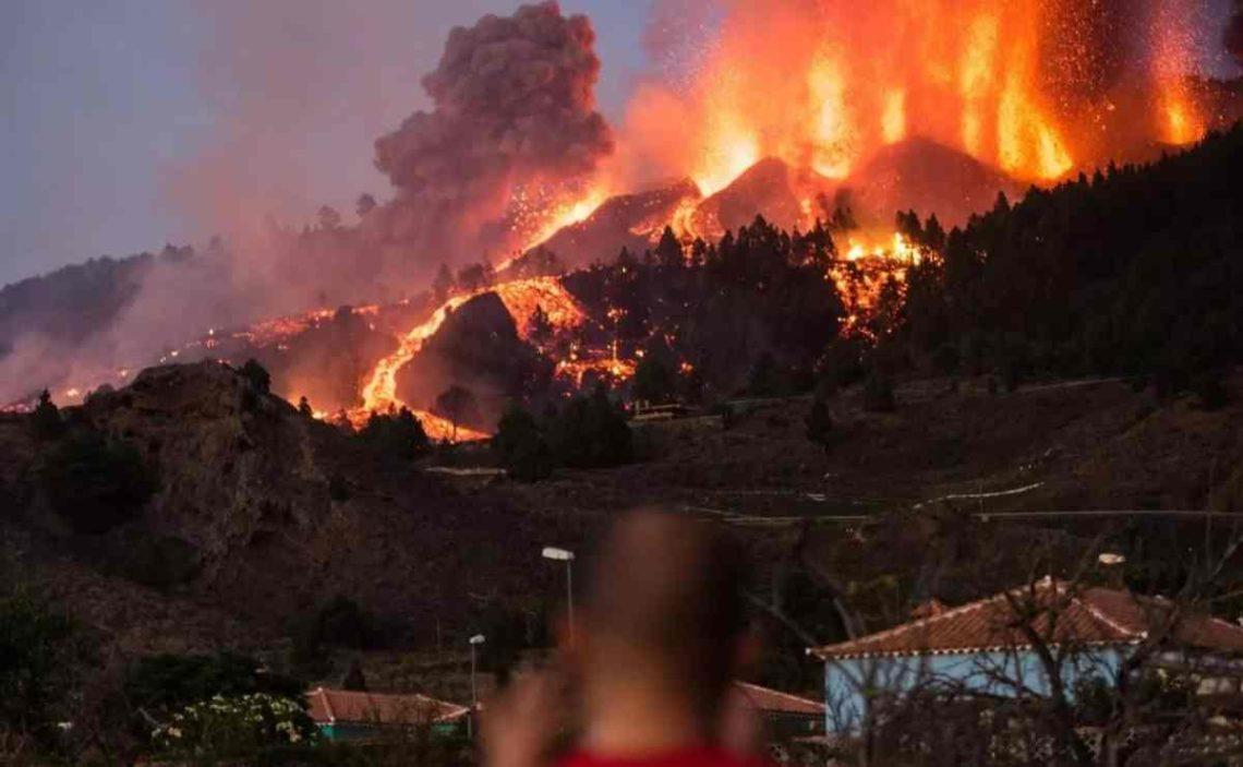 El SEPE aumenta la atención en La Palma ante la emergencia provocada por el volcán